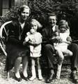 À  Divonne, en 1930